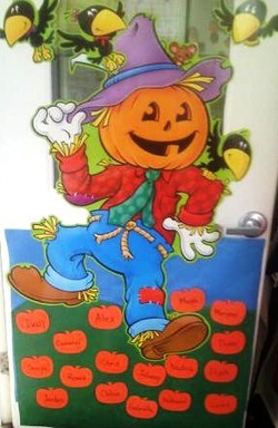Fall Door Display